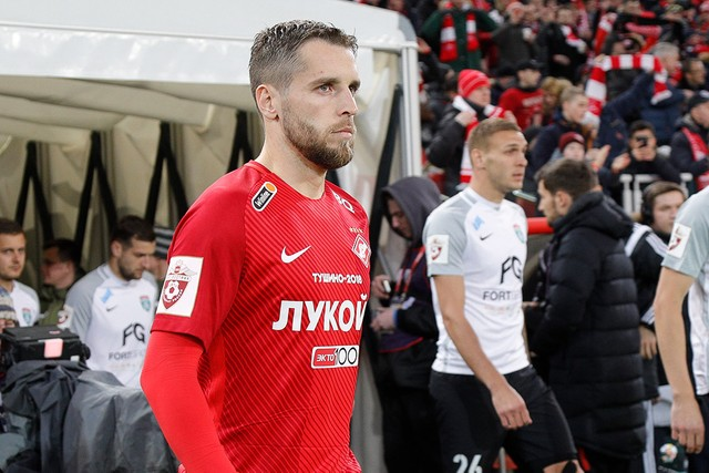 Dmitry Kombarov participated in 250 matches of Spartak!