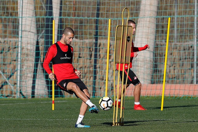 Hanni participated in his first training session
