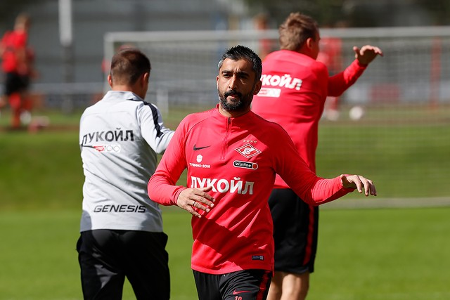 Samedov and Melgarejo are training with the squad