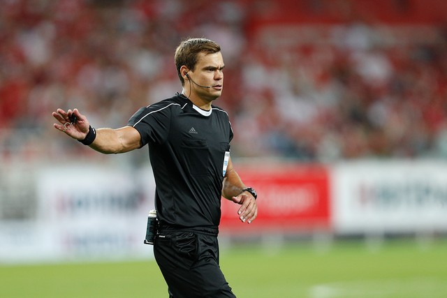 Kirill Levnikov is the referee for Chernomorets vs Spartak Moscow