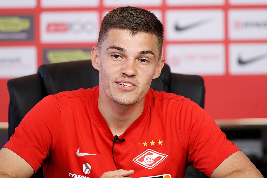 Roman Zobnin: We are all together in the locker