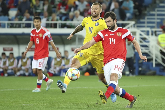 Dzhikia and Zobnin help the national side to a win over Kazakhstan